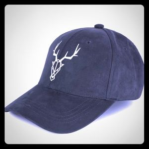 Other - ⭐️1 LEFT⭐️ EMBROIDERED ELK HEAD FAUX SUEDE HAT